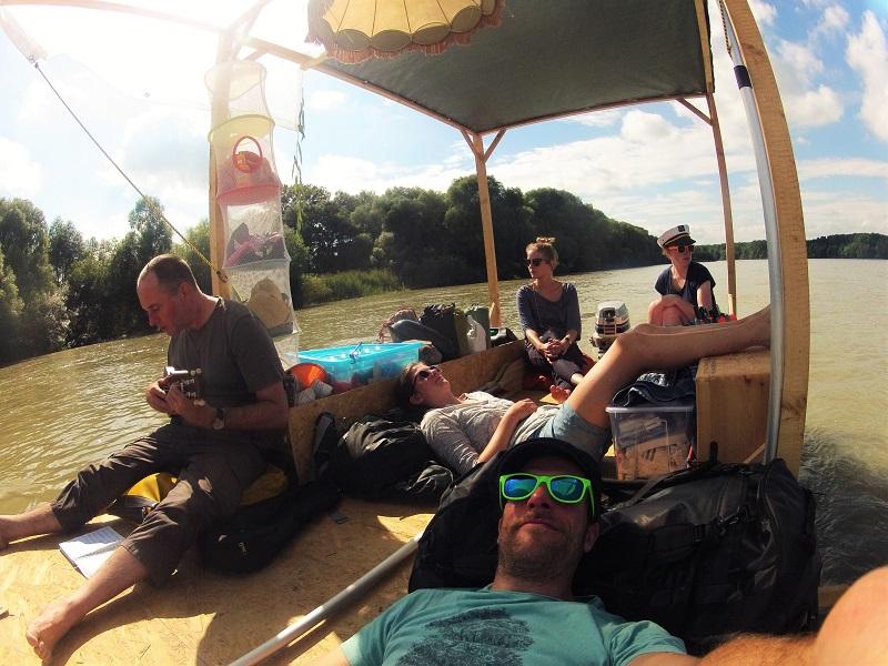 summertime rafting adventure danube raft flosstour