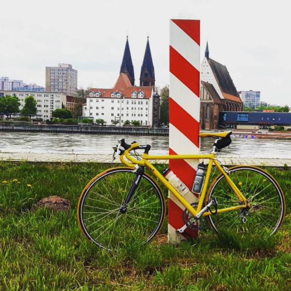 cycling road bike Poland colonel mustard